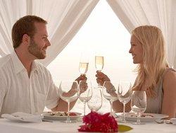 couple-dining82b7